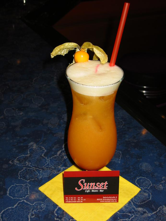 Touch down cocktail  Cocktails - Sunset Schrobenhausen